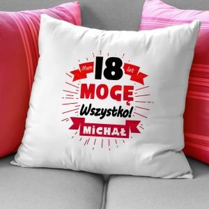 poduszka z własnym nadrukiem i imieniem na prezent na 18 dla chłopaka
