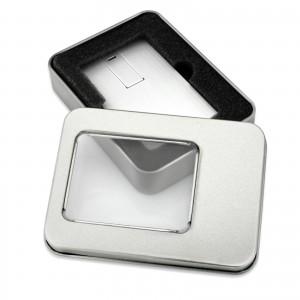 metalowy pendrive karta w pudełku na wyjątkowy prezent dla nauczyciela