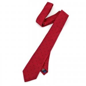 krawat czerwony na elegancki prezent dla myśliwego
