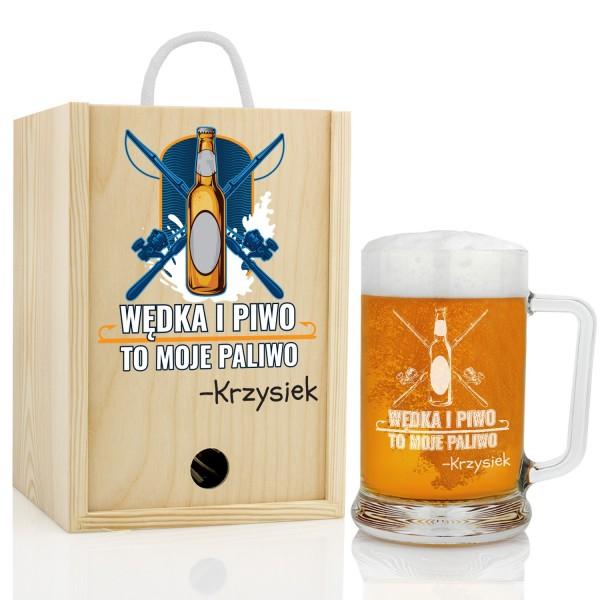 gadżety dla wędkarza kufel do piwa z grawerem w drewnianej skrzynce na prezent