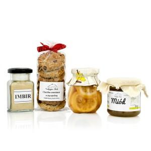 zestaw słodyczy i przypraw na prezent dla nowożeńców