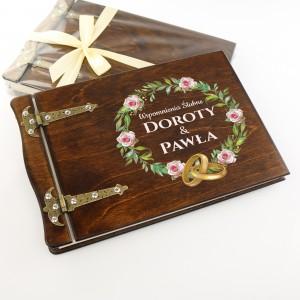 album na zdjęcia z dedykacją na prezent dla młodej pary ślubne wspomnienia