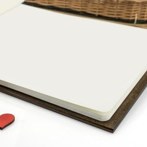 księga gości z białymi kartkami ślubne gołębie