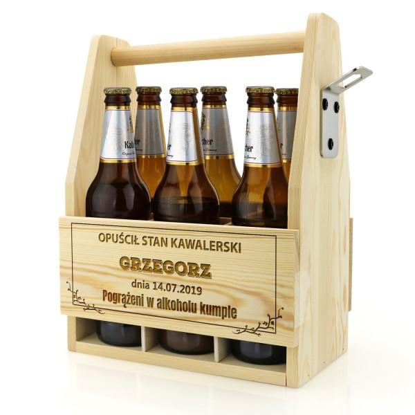 grawerowana skrzynka na piwo z dedykacją na wieczór kawalerski