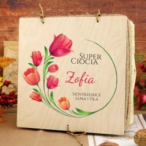 drewniana skrzynka z nadrukiem na prezent dla cioci tulipany dla cioci
