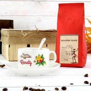 filiżanka z nadrukiem i kawą na oryginalny prezent dla przyjaciółki kawka