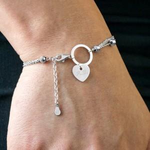 srebrna bransoletka z grawerem na prezent dla siostry na urodziny