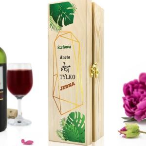 skrzynka na wino na pomysł na prezent dla szefowej