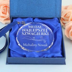 medal na zamówienie z dedykacją na prezent dla szwagierki na urodziny miano najlepszej