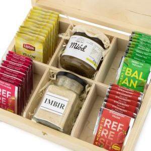 zestaw herbat na prezent, miód i imbir w pudełku na prezent dla szwagierki na urodziny