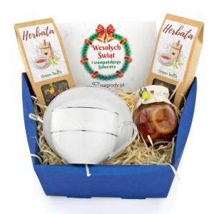 zestaw upominkowy w koszyku z filiżanką na prezent świąteczny dla firm