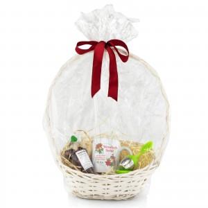 prezent świąteczny dla klienta w koszu z kubkiem i herbatą