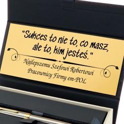 grawerowana tabliczka z osobistą dedykacją na prezent