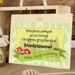 zestaw miodów w skrzynce z dedykacją Pełen Kosz na prezent dla miłośnika grzybobrania