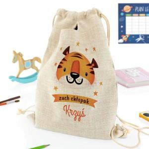 pomysłowy prezent dla dziecka plecak szkolny z indywidualnym nadrukiem