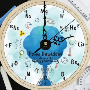 prezent dla nauczyciela chemii drewniany zegar z nadrukiem i dedykacją