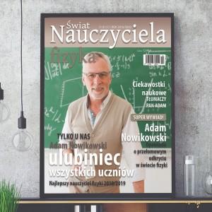 na prezent z okazji Dnia Nauczyciela okładka magazynu z przesłanym zdjęciem fizyka