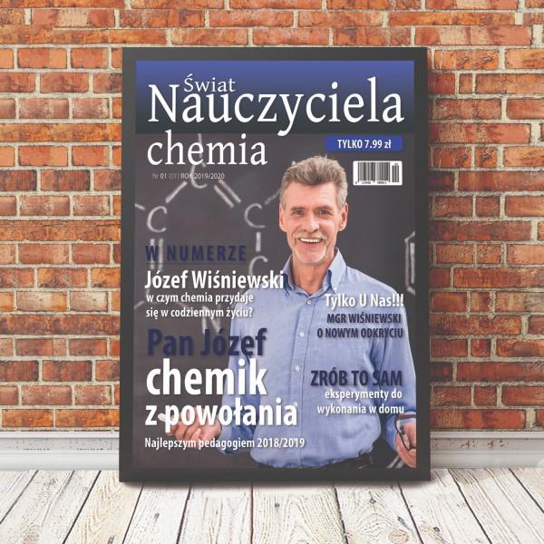 pomysłowy prezent dla nauczyciela chemii okładka gazety w ramce