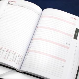 kalendarz dla geografa 2020/2021 z nadrukiem - Podróżnik na podziękowania dla nauczyciela