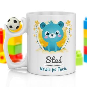 kubek z z nadrukiem imienia i piłka na prezent dla chłopczyka