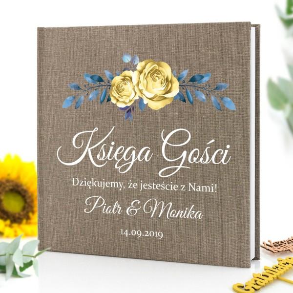 księga gości z nadrukiem personalizowanym z imionami gości i datą ślubu