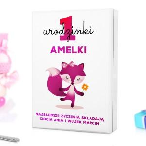 pudełko z nadrukiem personalizacji na prezent na roczek dla dziewczynki