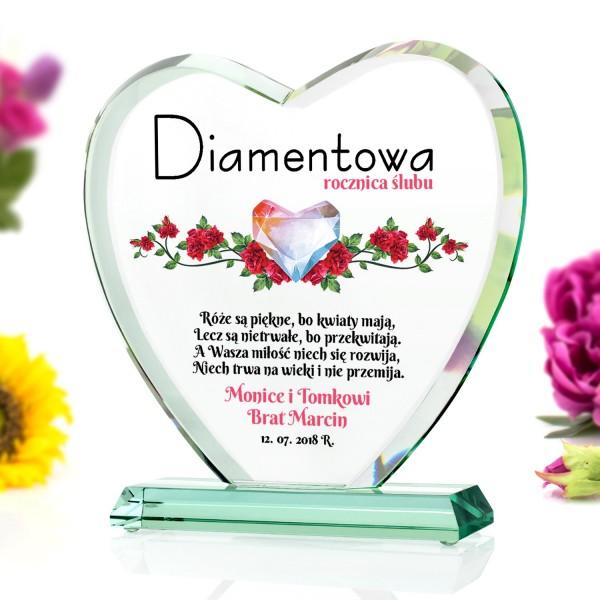 szklana statuetka na prezent na diamentową rocznicę ślubu
