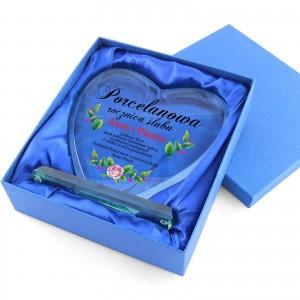 statuetka szklane serce w etui na prezent na rocznicę ślub