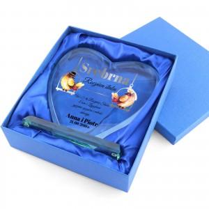 szklana statuetka serce z imieniem pakowana w niebieskie etui
