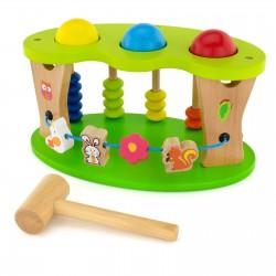 drewniana zabawka edukacyjna dla dziecka przybijanka  z młotkiem