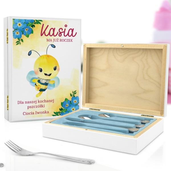 pudełko z nadrukiem i sztućce dla dzieci z grawerem na prezent dla dziewczynki - Pszczółka