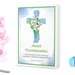 kaseta z nadrukiem dedykacji i personalizacji na sztućce dla dzieci na pamiątkę chrztu dla chłopczyka