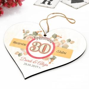 tabliczka w kształcie serca na pamiątkę z okazji 30 rocznicy ślubu