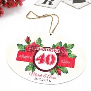 tabliczka z kolorową dedykacją i zawieszka na prezent na 40 rocznicę ślubu rodziców