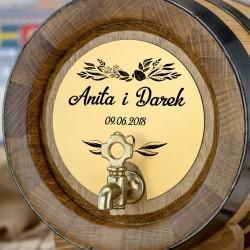 personalizowana beczka z grawerem imion państwa młodych na prezent na ślub