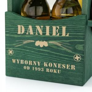grawer dedykacji z okazji imienin na skrzynce drewnianej na piwo na prezent dla szwagra na urodziny