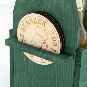 zielona skrzynka na piwo z 4 podkładkami na prezent na 40 urodziny przyjaciela