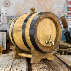 beczka dębowa z kranikiem mosiężnym, na drewnianym stojaczku