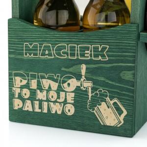 grawer dedykacji z okazji imienin na skrzynce drewnianej na piwo na prezent dla brata na imieniny