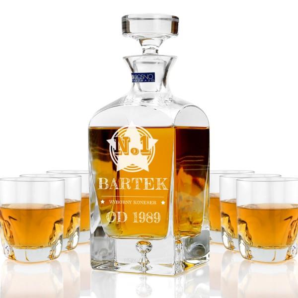ekskluzywna karafka ze szklankami do whisky z grawerem personalizacji na prezent na urodziny dla przyjaciela