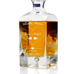 spersonalizowana grawerem dedykacji ekskluzywna karafka do whisky na prezent dla młodej pary