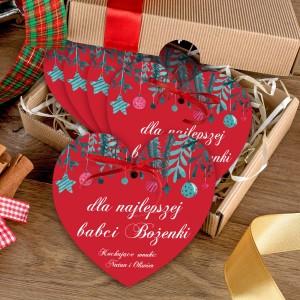zestaw 5 czerwonych serduszek z nadrukiem dedykacji i pudełkiem na prezent dla na mikołajkowy dla babci