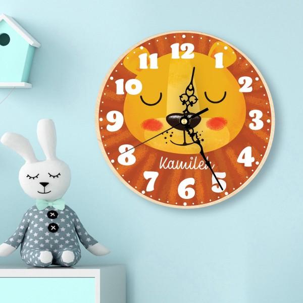 zegar z nadrukiem - aranżacja na ścianie pokoju dziecięcego  na prezent dla chłopca na roczek
