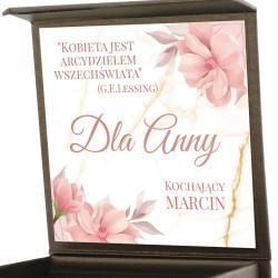pudełko z dedykacją na prezent dla kobiety na biżuterię