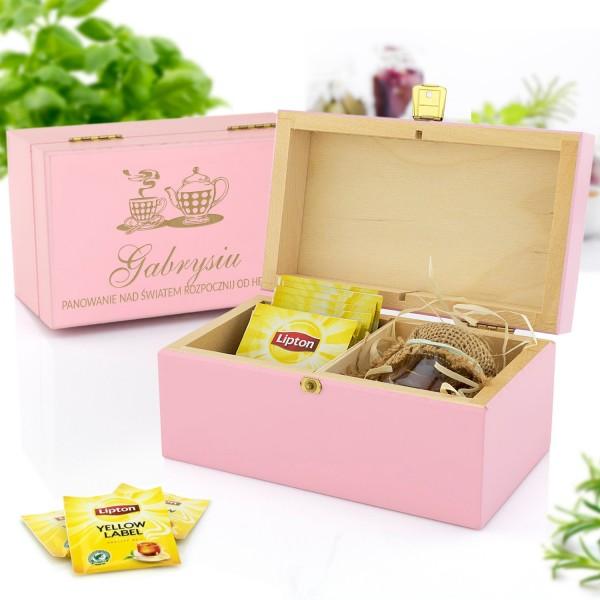 zestaw prezentowy w skrzynce z grawerem herbata i miody na prezent dla cioci