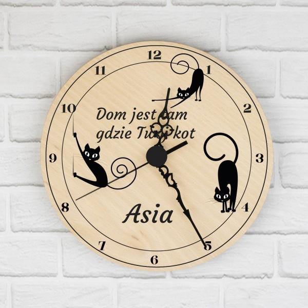 zegar ścienny z nadrukiem personalizacji na prezent dla córki miłośniczki kotów