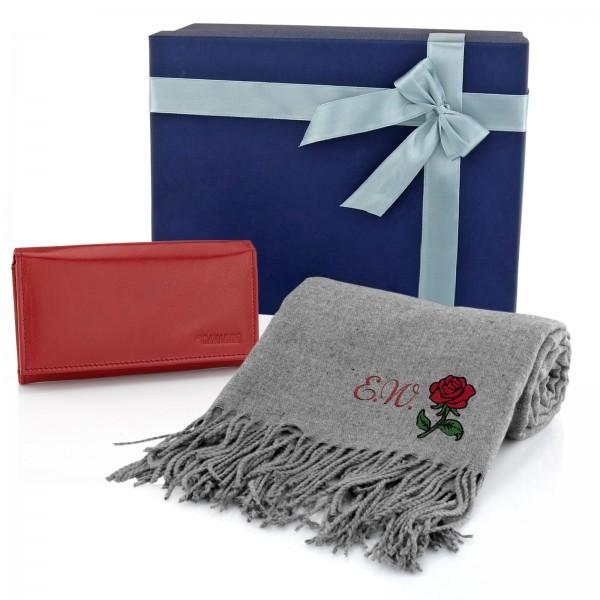 zestaw prezentowy dla babci szalik z haftem i grawerowany portfel na prezent